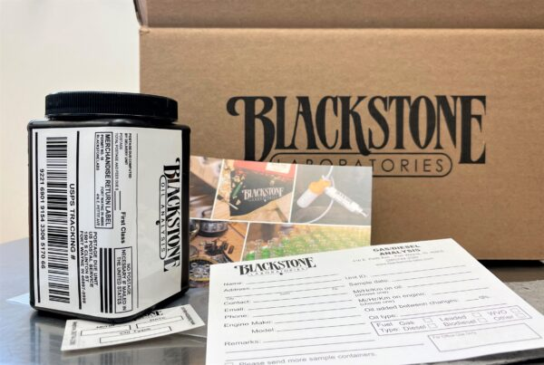 Oil sample kit with box